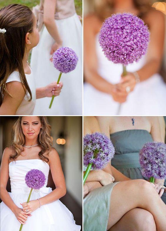 букет невесты фиолетовый