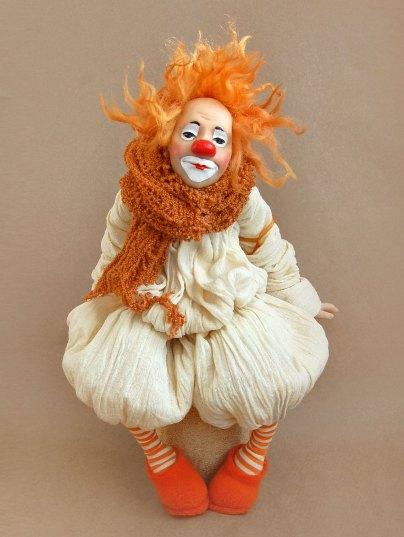 Клоун в технике папье-маше