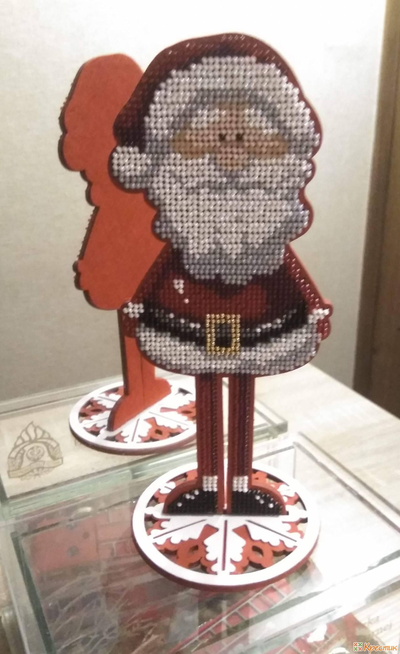 2-Santa.jpg